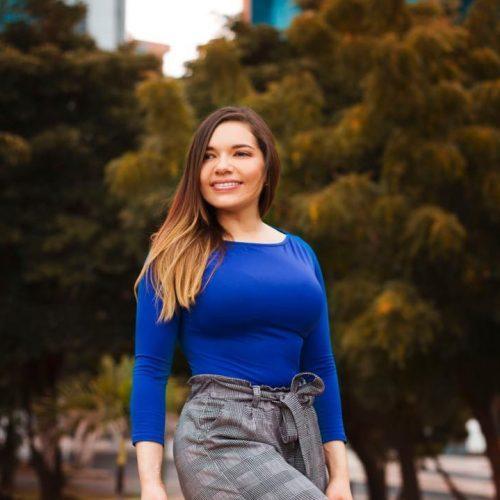 CEO Katherine de Plenti S.A.S Bogotá Colombia - Elementos que Suman - Productos Naturales https://www.facebook.com/Plenticolombia-1964661053593138/ https://www.instagram.com/plenticolombia/